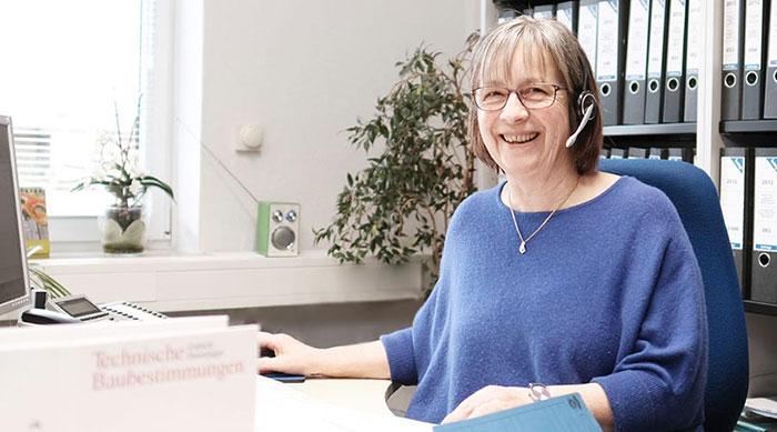 Erika Kreutzer-Marxen - Sekretariat